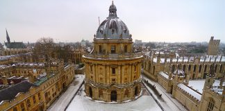 Aerial shot of the Radcliffe Camera in the snow