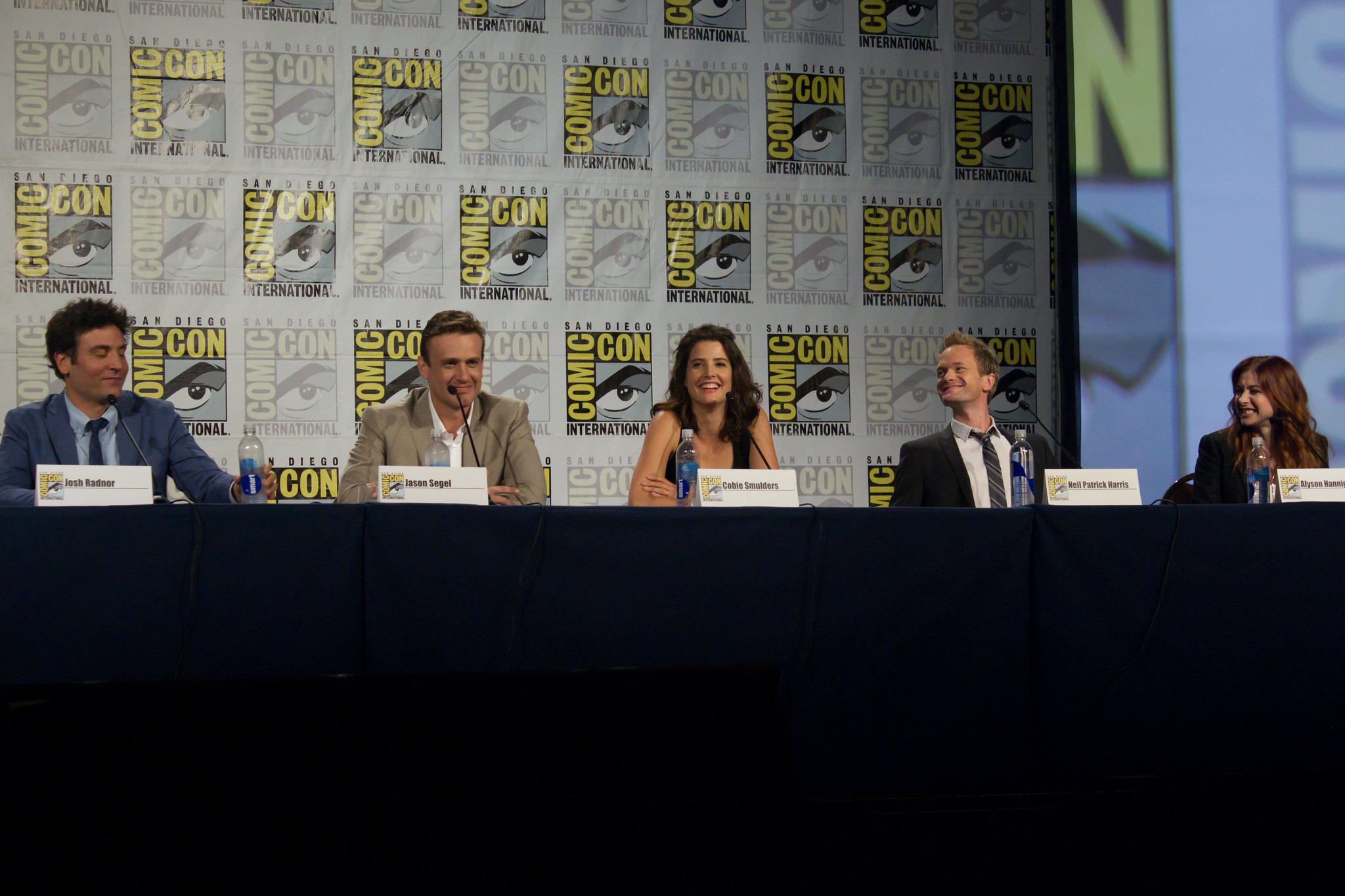 The cast of the TV show How I Met Your Mother leading a panel at Comic-Con